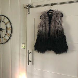 Francesca's fur vest ✨